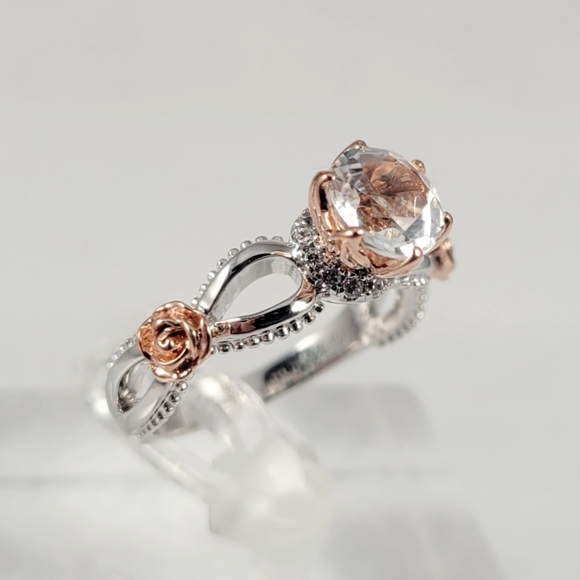 1ct Natural White Topaz and Diamonds Ring